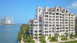 5335 Fisher Island Dr 5335
