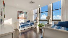 Villa Regina At Brickell - Bedroom