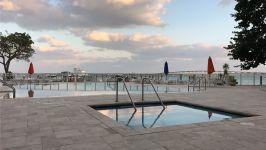 Villa Regina At Brickell - Pool Area & Marina