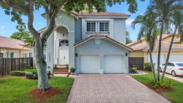 10892 Nw 58th Ter