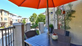 336 Adeline Ave - Patio
