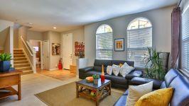 336 Adeline Ave - Living Room