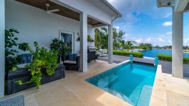 West Point Villa in Crystal Harbour, Seven Mile Beach, Cayman Islands - Image 10