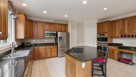 8900 Grist Mill Woods Court, Alexandria, VA, US - Image 7