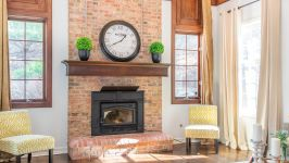 5 Beacon Hill Dr - Wood Fireplace