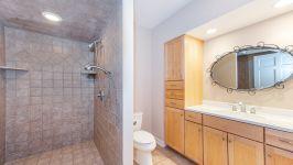 5 Beacon Hill Dr - Full Bathroom In Basement