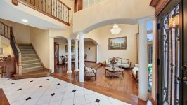 9295 Cascade Circle, Burr Ridge, IL, US - Image 2