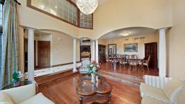 9295 Cascade Circle, Burr Ridge, IL, US - Image 4