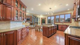 9295 Cascade Circle, Burr Ridge, IL, US - Image 5