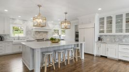 4181 Oak Rd - Large Marble Center Island