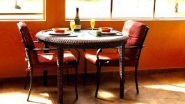 Property - Breakfast/Coffee Sunroom