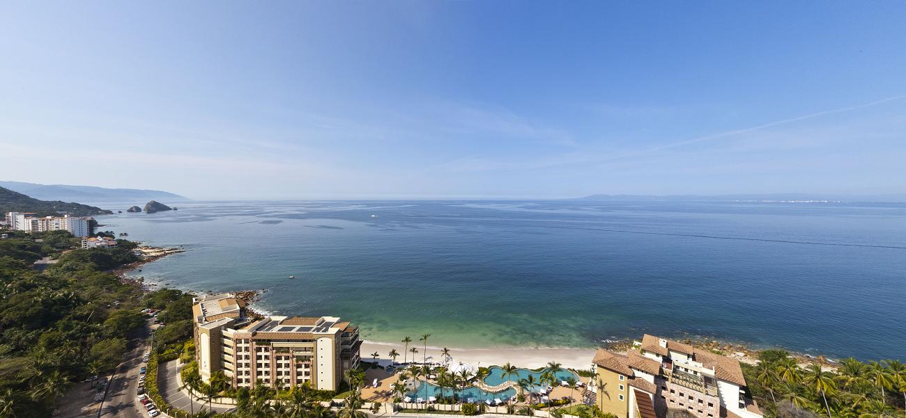 Este paradisiaco desarrollo del Pacifico Mexicano comprende de todo y ofrece una gran variedad de amenidades y servicios; actividades al aire libre, gimnasio, spa y experiencias gastronómicas exclusivas.
