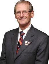 Gary C Davlut