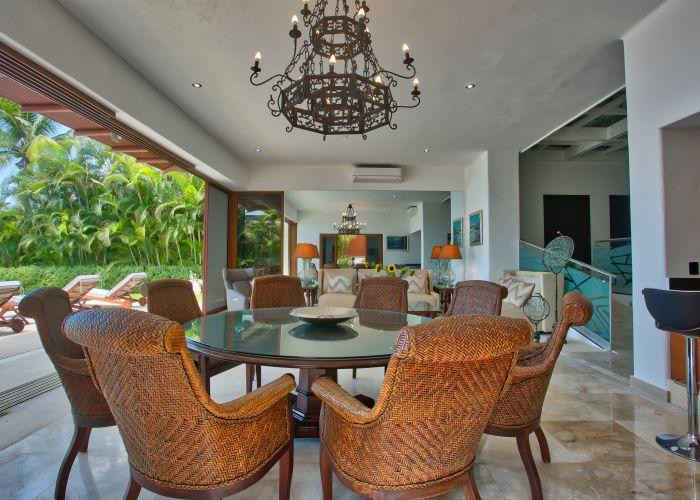 Villa Turquesa Dining Room 4