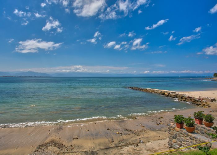 Villa Turquesa Beachfront home