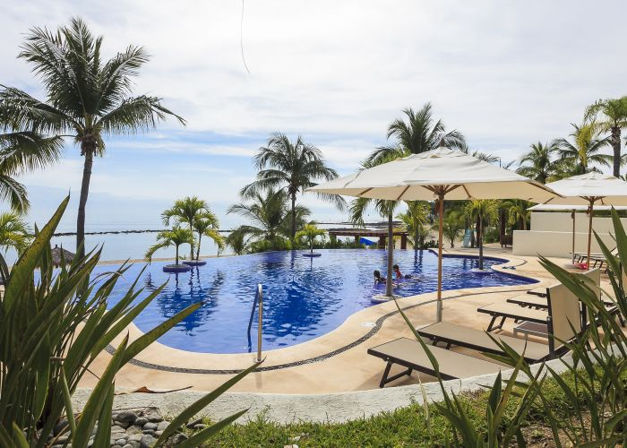 Punta Esmeralda pool 3