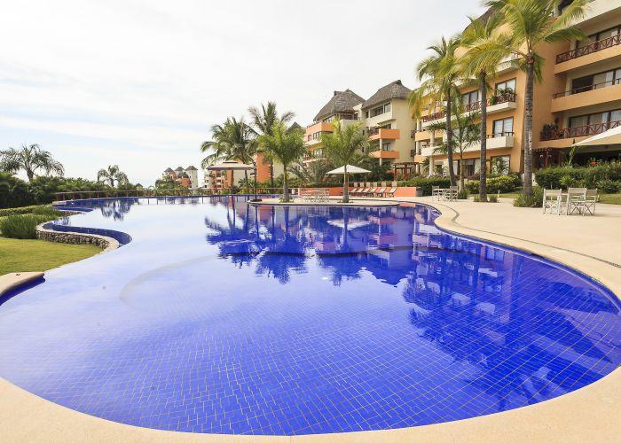 Punta Esmeralda pool 1