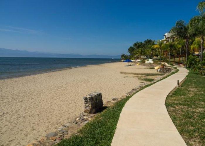 Punta Esmeralda-Beach copy