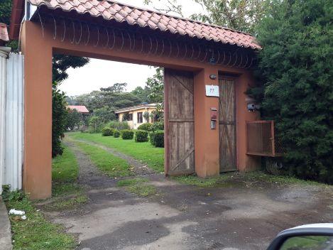 Heredia, S.Isidro, Sta elena, cerca plaza fútbol, San Isidro, Heredia