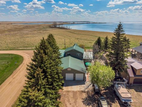 144078 Township Road 180, Rural Newell, County of, Alberta