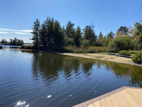 79 Pair-A-Dice RD, Fort Frances, Ontario