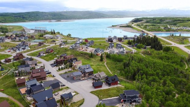 407 Cottage Club Cove, Rural Rocky View County, Alberta