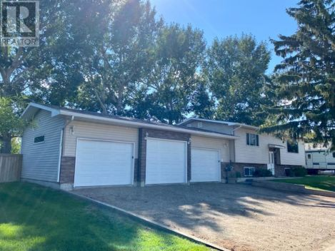7 West Land Acres, Rural Newell, County of, Alberta