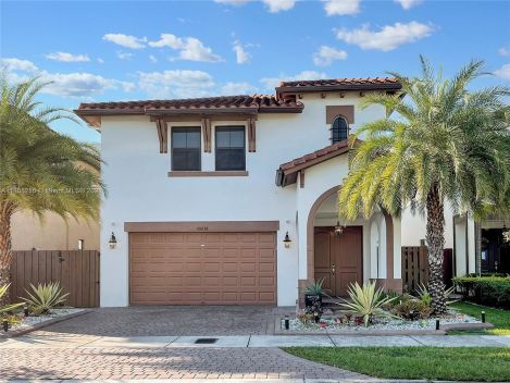 10236 NW 86th St, Doral, Florida 33178