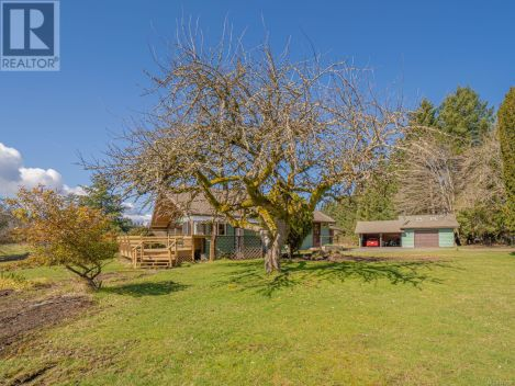 1220 Smithers Rd, Parksville, British Columbia