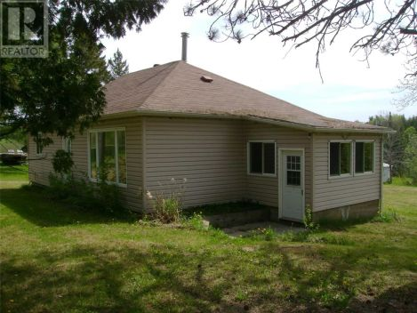 62 CLEAR LAKE RD, Parry Sound Remote Area, Ontario