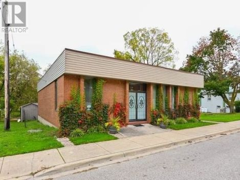 3096 OLD MILL ST, Howick, Ontario