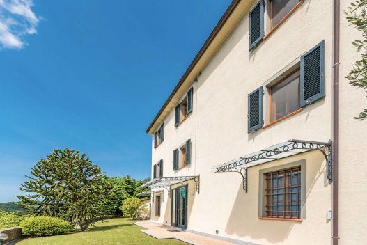 Via Albetreta, Pietrasanta, Lucca