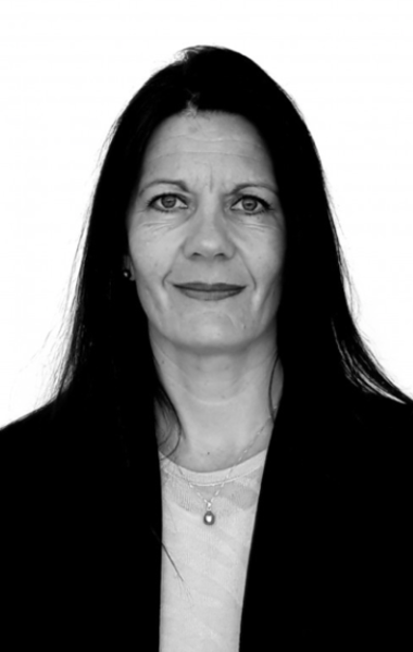 Anne Dolias