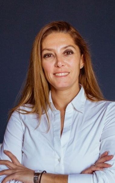Isabel Lázaro