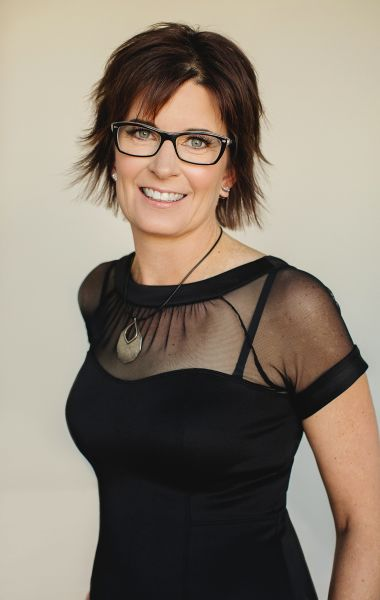 Leslie DeRuyter