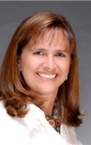Elizabeth Peralta