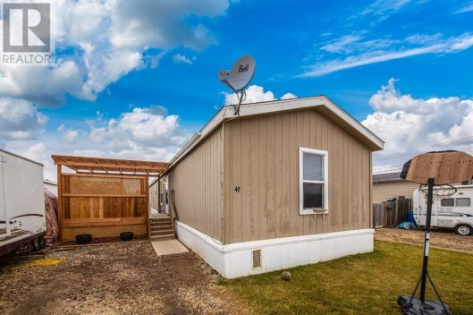47 Eastwood Trailer Court Court, Lloydminster, Saskatchewan