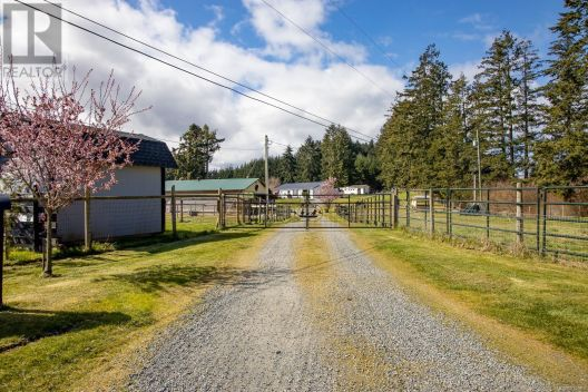 2585 Quennell (Off) Rd, Nanaimo, British Columbia