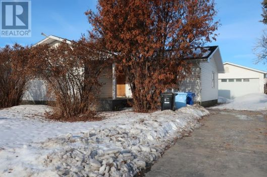97 Hill Drive, Fort McMurray, Alberta