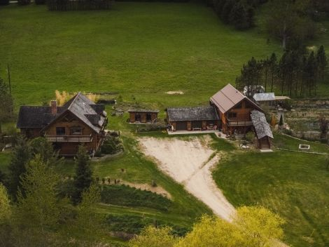 6307 YOUNGS ROAD, Winlaw, British Columbia