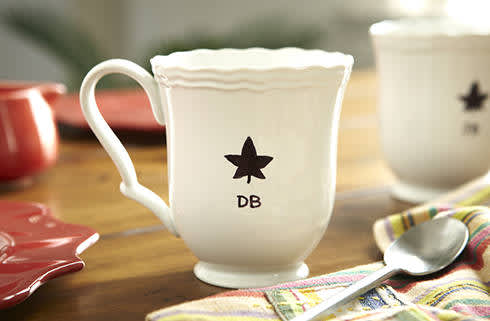 DIY Baked Coffee Mugs – P&G everyday | P&G Everyday United States (EN)