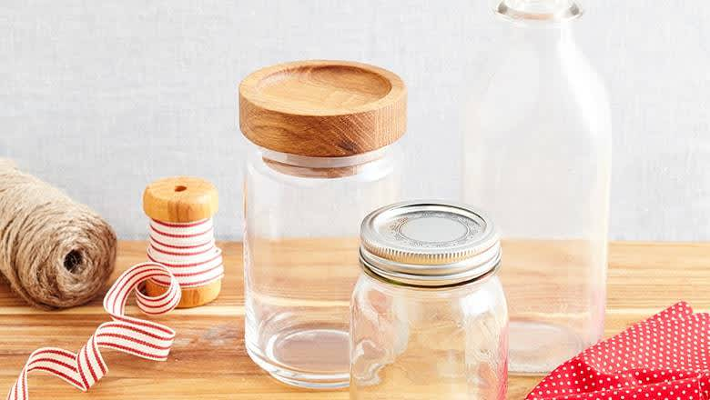 4 Easy Gift Ideas in a Cookie Jar inset 1