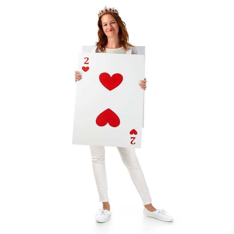 DIY Upcycled Halloween Costumes - Queen of Hearts
