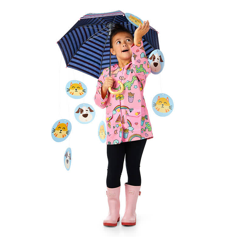 DIY Upcycled Halloween Costumes - Raining Cats and Dogs