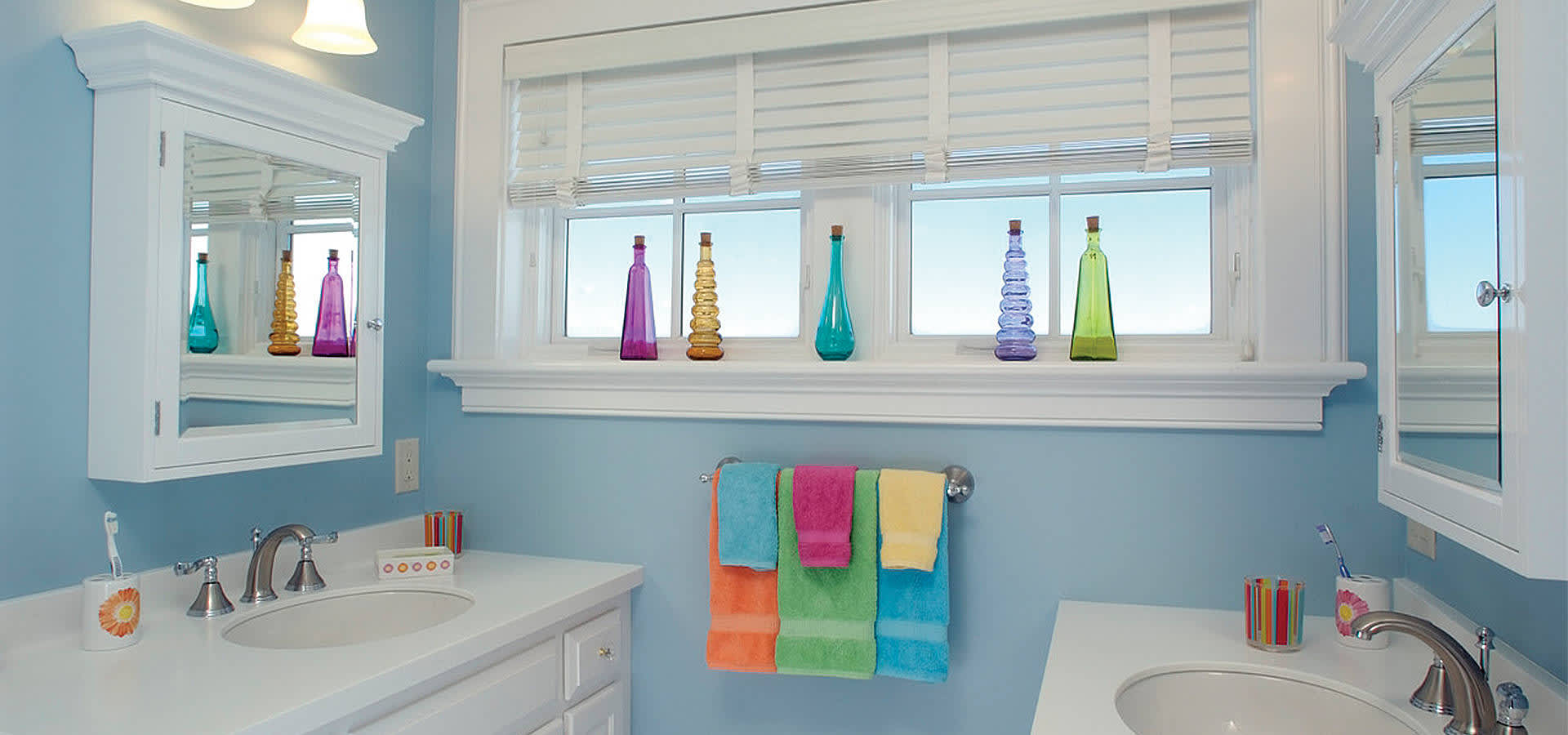 How To Clean Your Bathroom In 30 Minutes Or Less P G Everyday