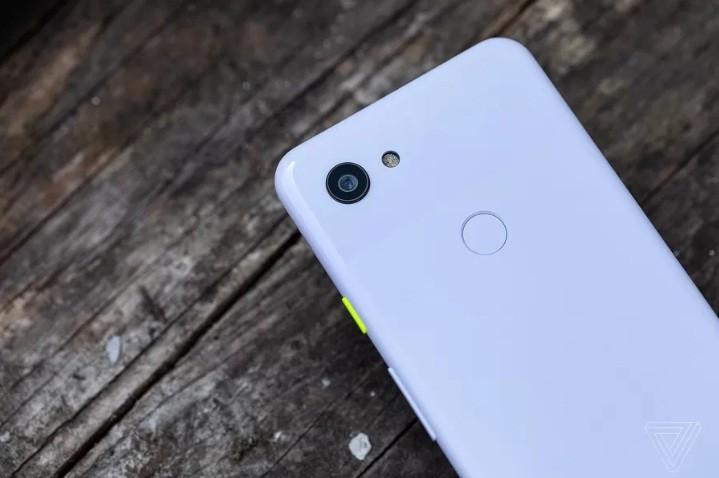 تحديث هاتف Pixel 3A اليوم يجعله مؤهل لنظام Android Q ويعالج 11 مشكلة