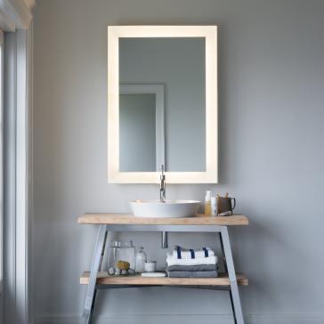 duravit cc964100000 cape cod 30 1 8 mirror with lighting. Black Bedroom Furniture Sets. Home Design Ideas