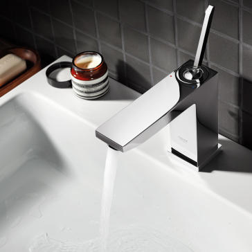 Brushed nickel faucet and stainless steel sink