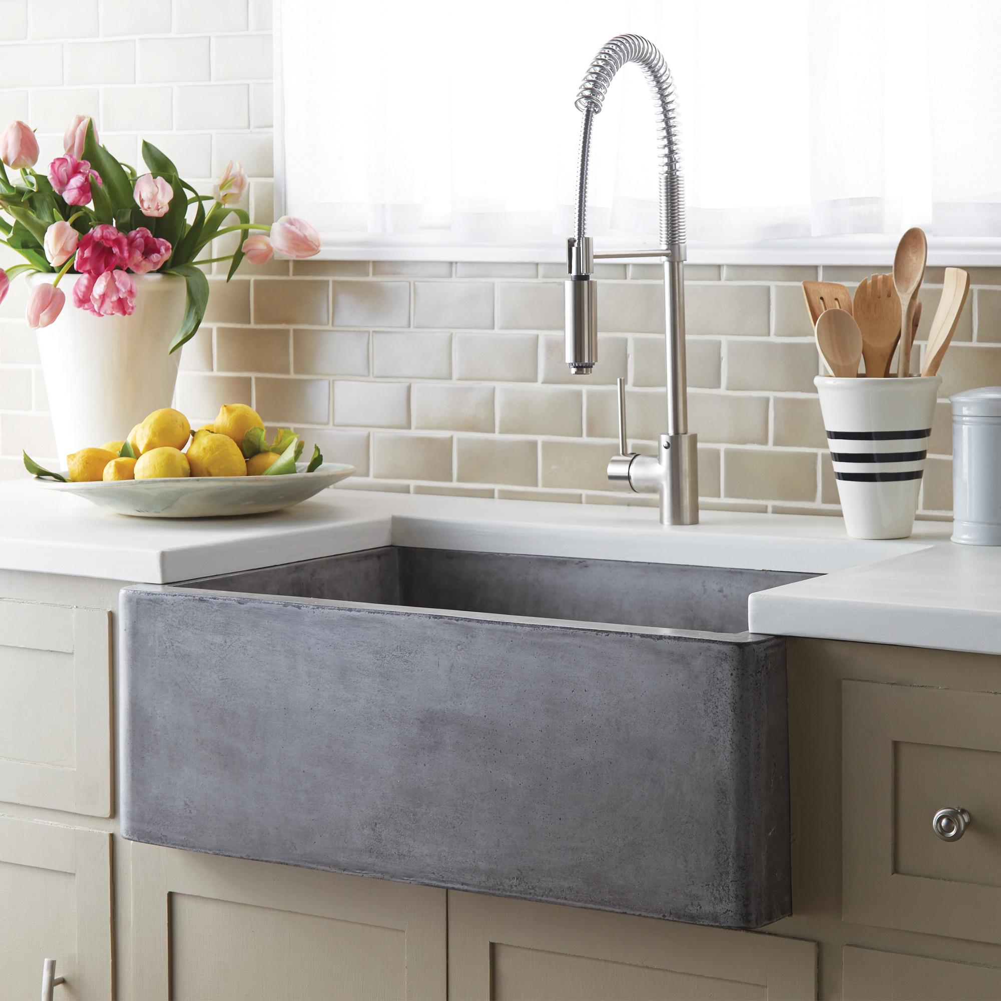 What s the Right Sink Size for Your Kitchen Abode