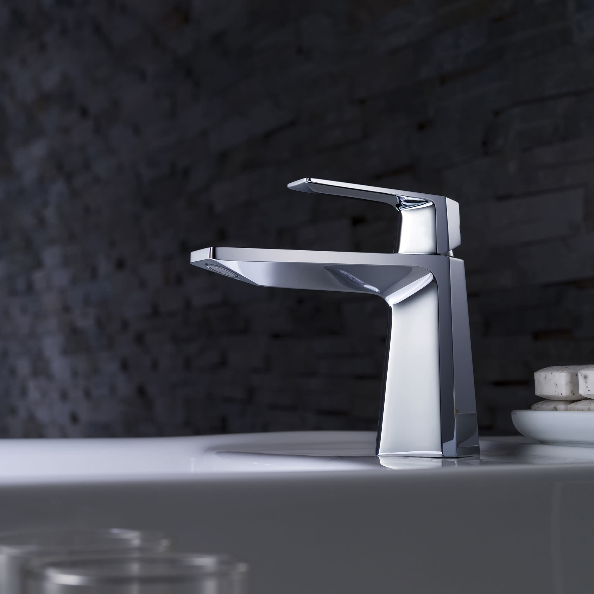 How to Choose a Bathroom Faucet - Abode